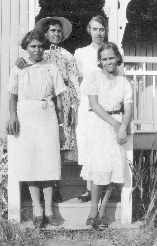 Women at AIM mission house at Murgon c1936