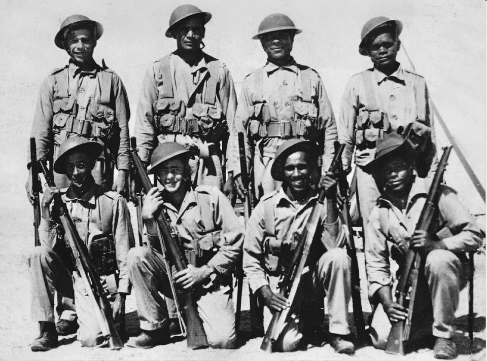 Group-of-soldiers-second-World-War_1940s