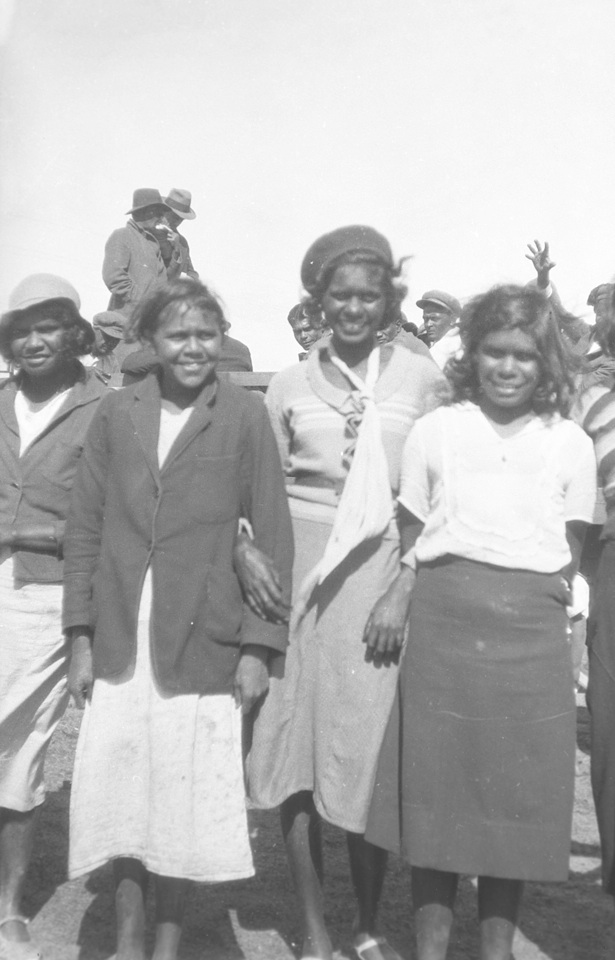 Group-of-women-at-Cherbourg-Aboriginal-Settlement_1934