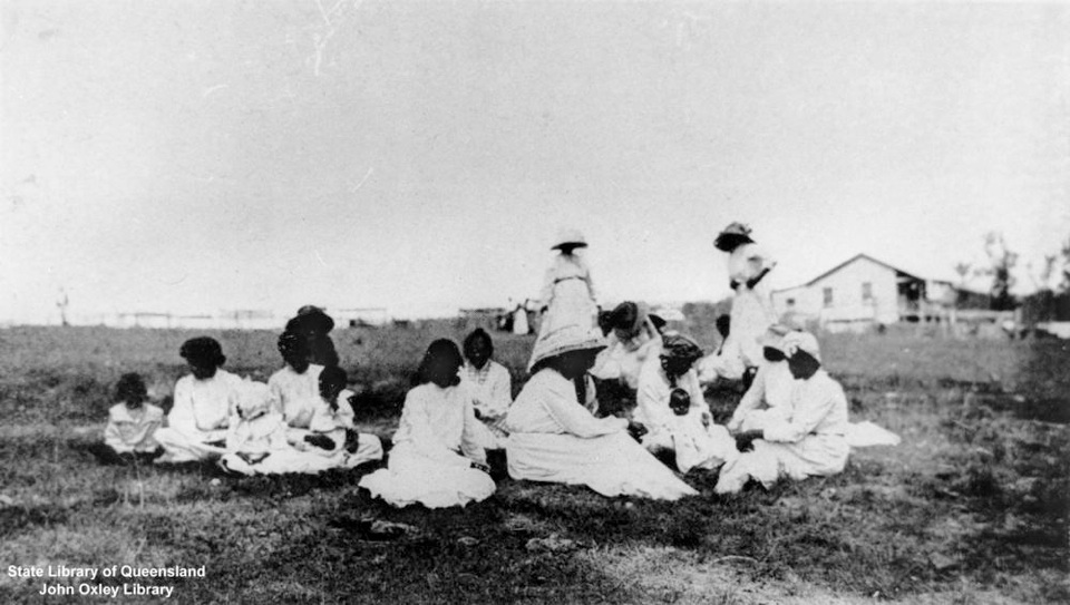 Group of women with children at Barambah Aboriginal Settlement 1911