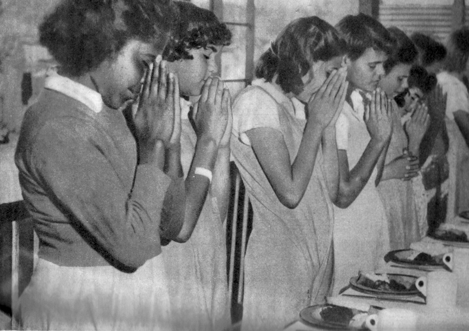 Saying-grace-in-the-Girls-Dormitory-Cherbourg_1950s
